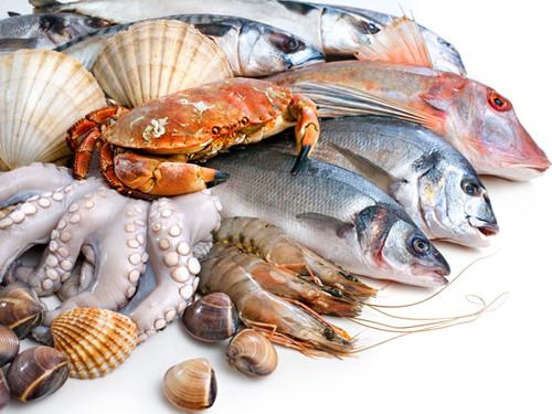 nên kiêng hải sản sau khi nâng sửa mũi hỏng